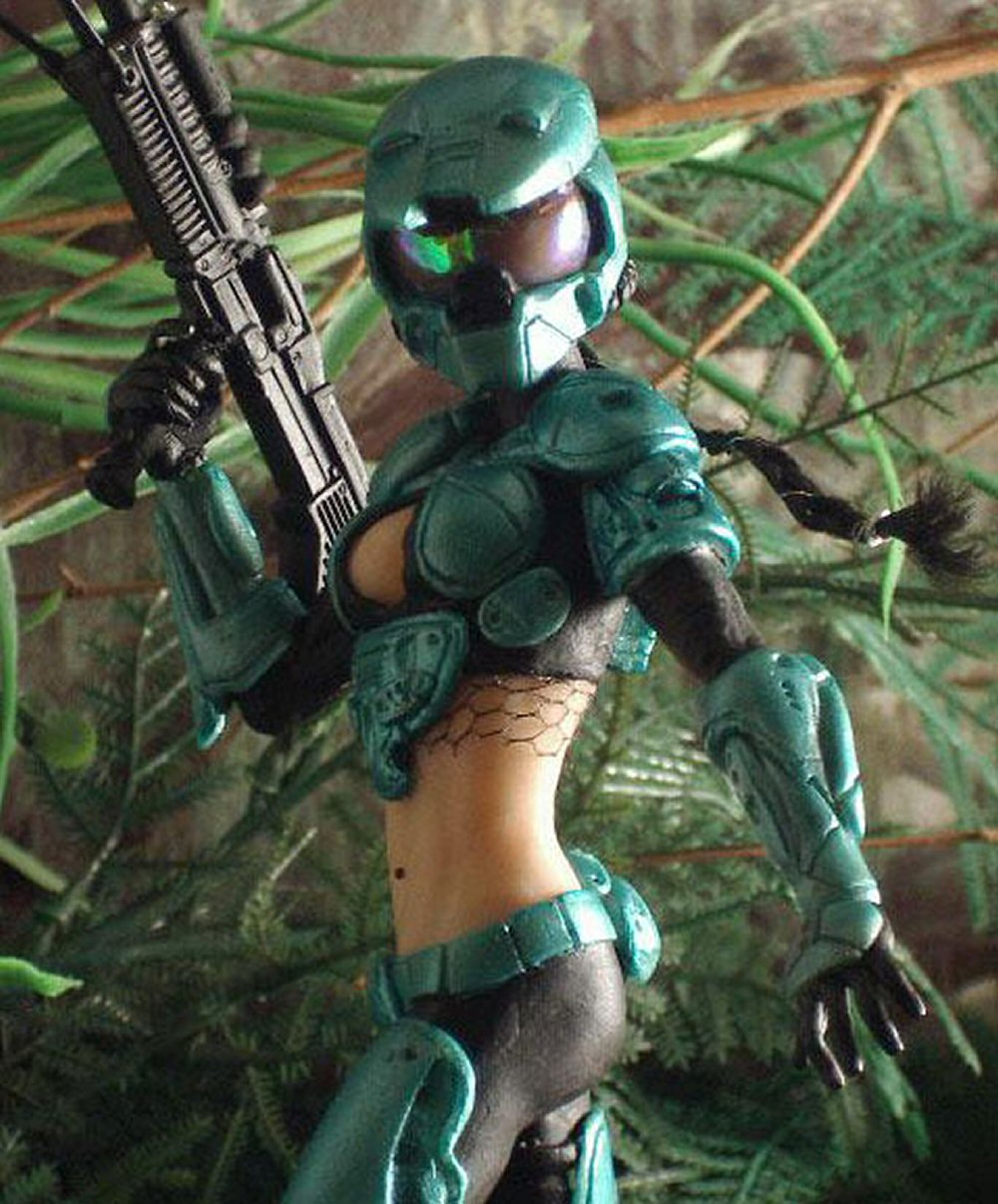 master-chief-with-hot-girl